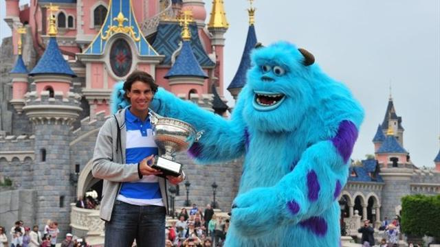 Tennis - Federer haul seems light-years away, says Nadal