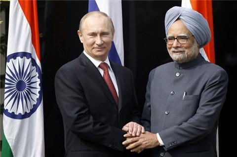 Putin steps up arms sales to India