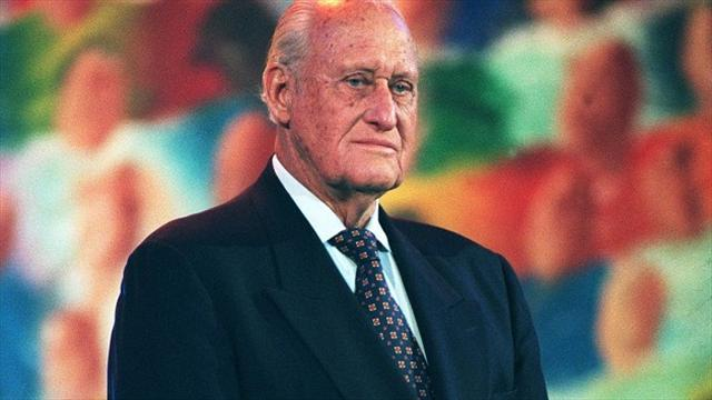 Football - Platini leaps to defence of disgraced Havelange