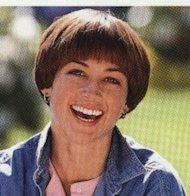 In the '70s, Olympian Dorothy Hamill rocked a trend-inspiring short 'do