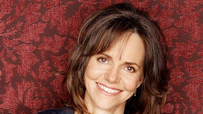 2007 Emmy Awards: Sally Field nominated for Lead Actress (Drama) for her role as Nora Walker in Brothers & Sisters.