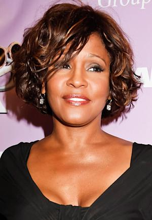 """Whitney Houston's Mom Cissy Calls Invite to Clive Davis' Pre-Grammy Party """"Obscene""""; Brother Gary Plans to Attend"""