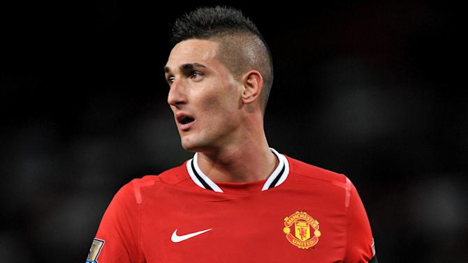 Premier League - Man United flop Macheda joins Cardiff