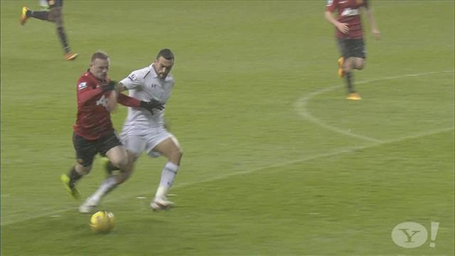 Premier League - Was Ferguson right to fume over penalty decision?