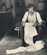Content Writing & Blogging With Kurt Vonnegut image Kurt Vonnegut 260x300