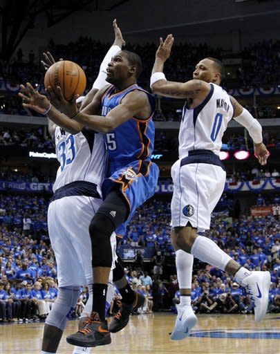 Thunder lead series 3-0 after 95-79 win in Dallas