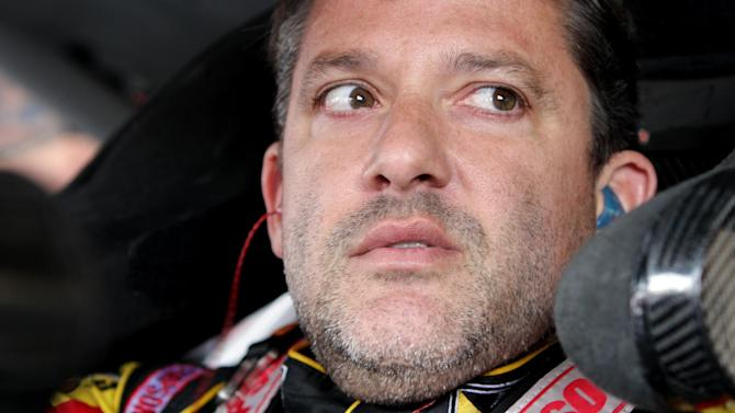 Nascar - Tony Stewart offers to speak to family of killed driver Ward
