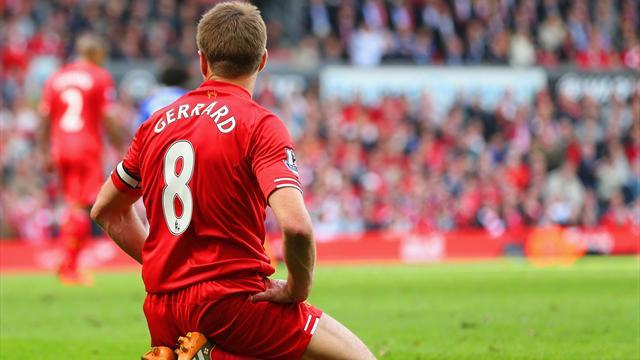 Premier League - Gerrard slip costs Liverpool as Chelsea blow title race wide open