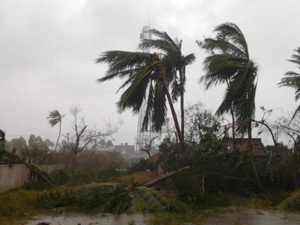 Cyclone Thane at Cuddalore by Ruban Maniraj