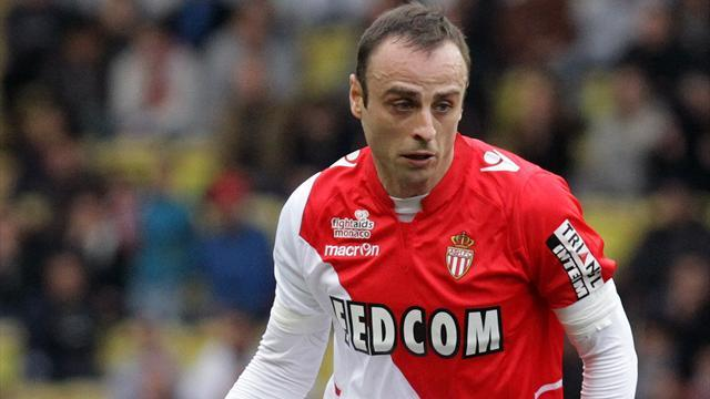 Ligue 1 - Berbatov extends Monaco stay