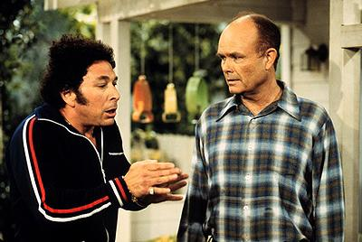 """When Bob (Don Stark, L) separates from Midge, he turns to Red (Kurtwood Smith, R) for advice on the """"I Love Cake"""" episode of Fox's That 70s Show"""