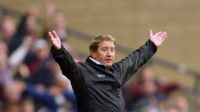 John Robertson has urged Hearts fans to back the club's share issue