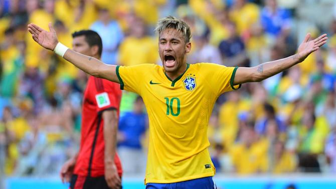 Football - Panic on the streets of Rio? Brazil getting nervous