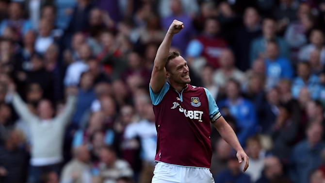West Ham's Kevin Nolan celebrates scoring the late equalising goal against Sunderland