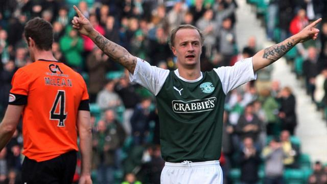 Football - Hibs sweat on Griffiths fitness