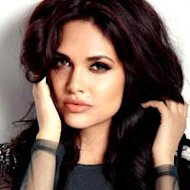Esha Gupta Refuses Fairness Cream Endorsement Offer