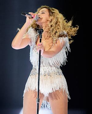 """Beyonce Celebrates 60-Pound Weight Loss: """"I'm Getting Chocolate Wasted!"""""""