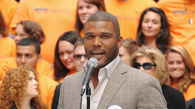 Tyler Perry Volunteer Evnt