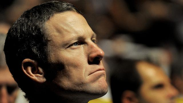 Armstrong's foundation sees donation spike