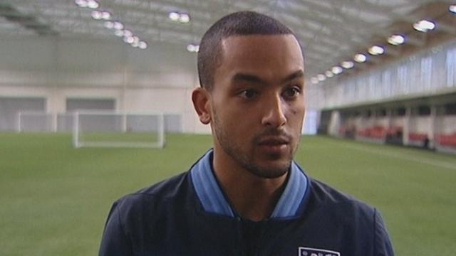 World Football - Walcott wants central role for England against Brazil