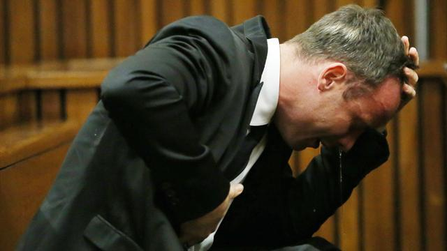 Pistorius case - Pistorius forced to look at 'exploded' head of Reeva Steenkamp