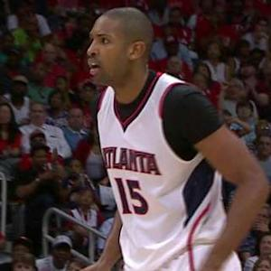Horford Glides For The Reverse