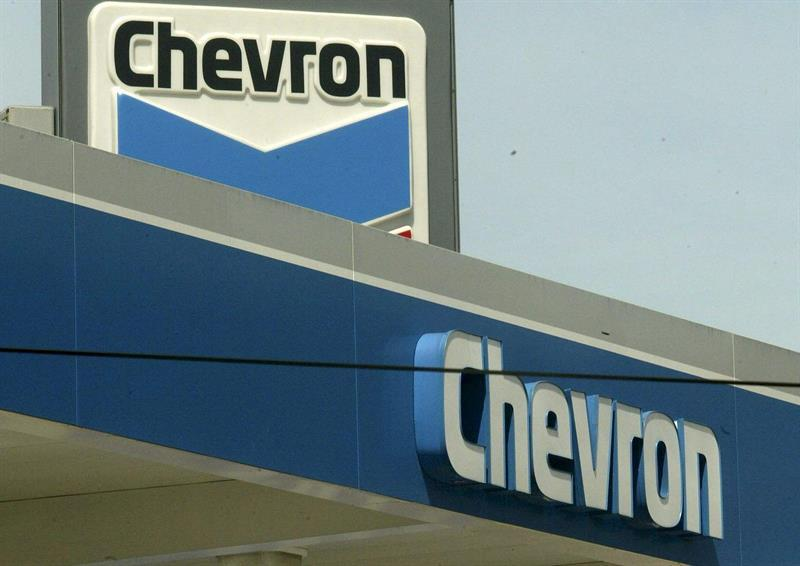 La demanda contra Chevron seguirá en cortes extranjeras tras el fallo en Ecuador