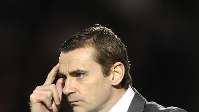 Danny Lennon's St Mirren left it late to beat Ross County
