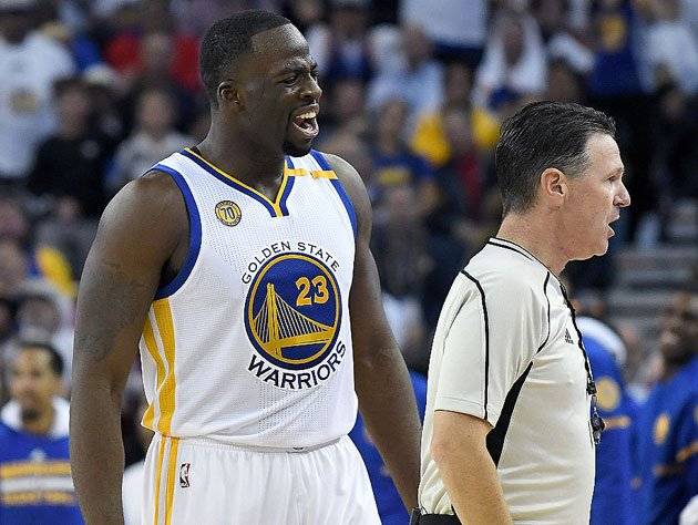 Draymond Green lets 'em know. (Getty Images)