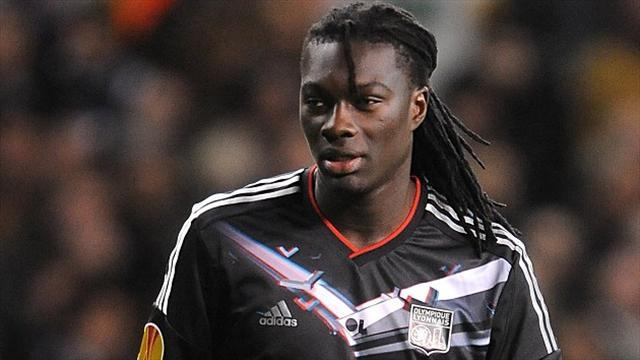 Ligue 1 - Gomis move to Newcastle under threat, says Lyon president