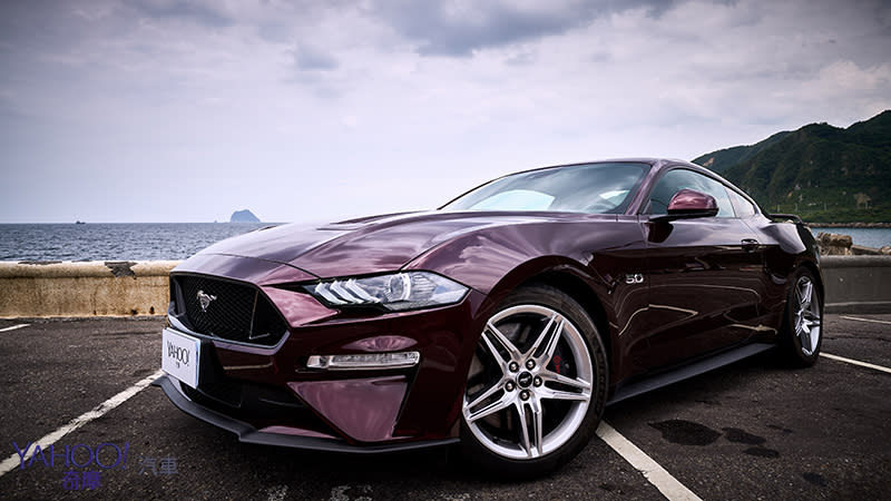 【新車圖輯】更兇、更快、更帶勁!2018 Ford「野馬」Mustang 5.0 GT灣岸試駕