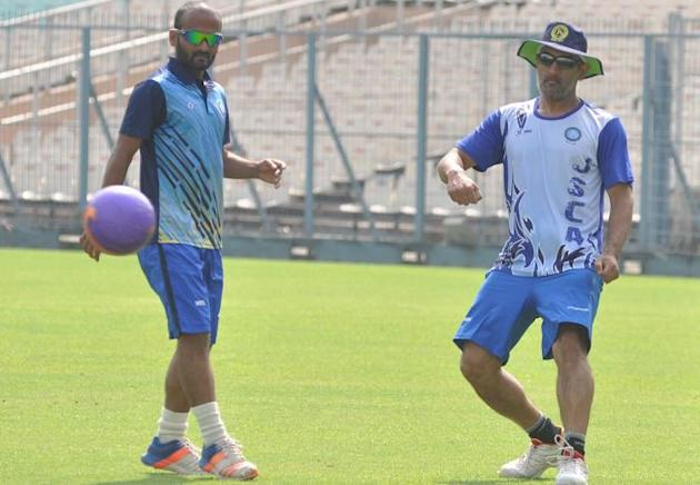 Relaxed MS Dhoni spends time bowling, chatting with teammates at nets