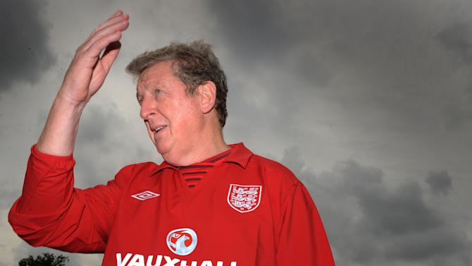 Roy Hodgson has apologised for comments he made about Rio Ferdinand's England future
