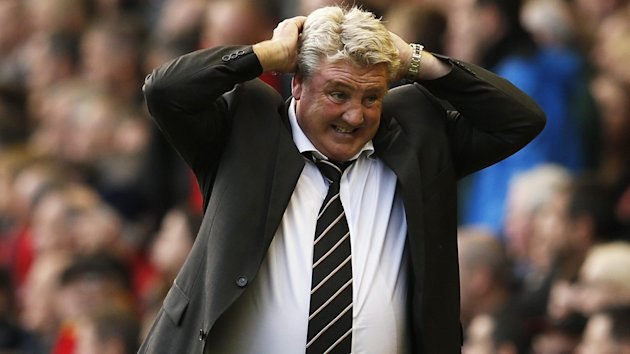 Hull City manager Steve Bruce reacts during his team's game against Liverpool (Reuters)