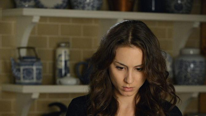 """Pretty Little Liars"" -- ""Out of Sight, Out of Mind"" TROIAN BELLISARIO"