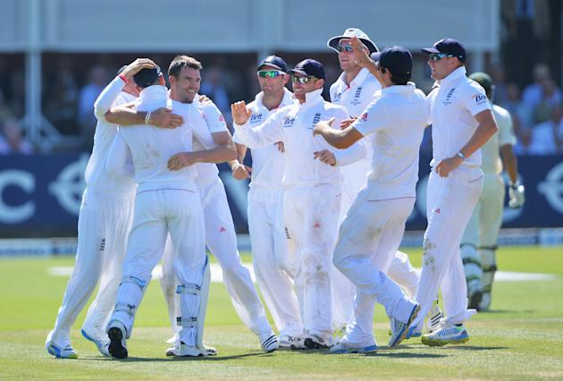 England v Australia: 2nd Investec Ashes Test - Day Two