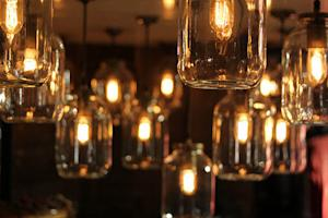 Pros and cons of exposed-filament vintage light bulbs
