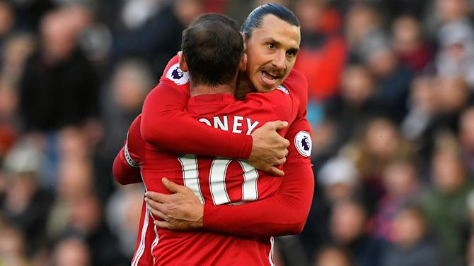 Premier League, 11ª giornata - Liverpool super, risale lo United