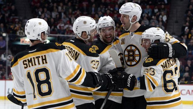 NHL - Bruins blow away Hurricanes