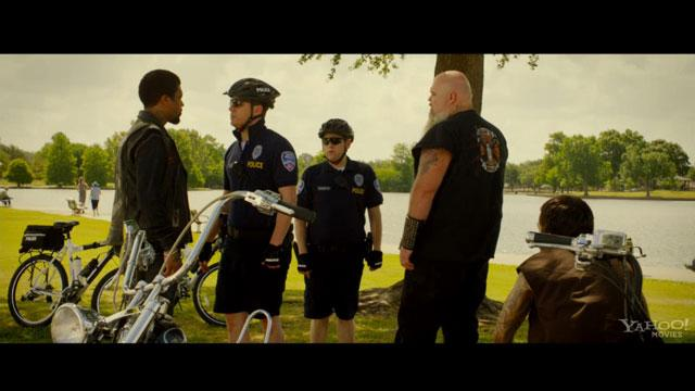 '21 Jump Street' Clip: Chase Someone