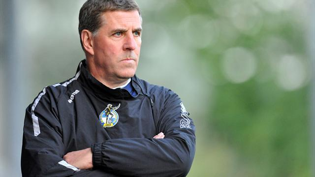 Football - McGhee has players' support - Higgs