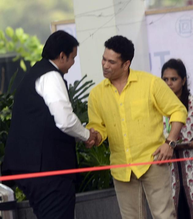 Mumbai: Cricket legend Sachin Tendulkar with Maharashtra Chief Minister Devendra Fadnavis during a programme organised to inaugurate Jio Garden in Mumbai, on May 27, 2015. (Photo: IANS)