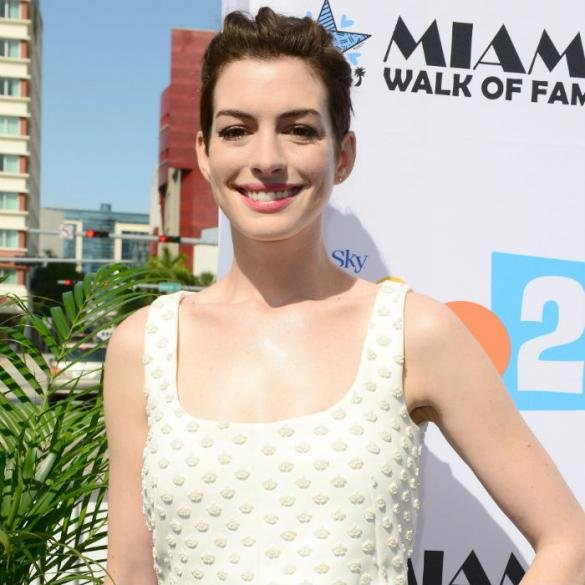 Rio 2's Anne Hathaway Wanted For Music Career By Will.i.am