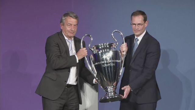 Riedle welcomes arrival of Champions League trophy in Berlin