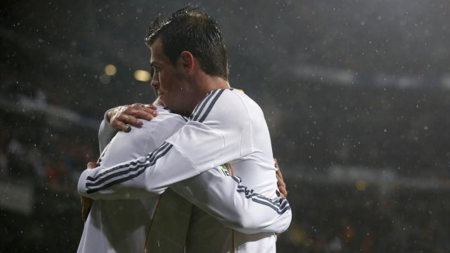 Liga - Bale brace helps Madrid thrash Vallecano