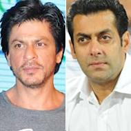 Shah Rukh Khan Persuades Award Event Organisers To Scrap Salman Khan's Act?