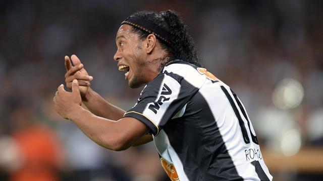 South American Football - Ronaldinho on course for Club World Cup