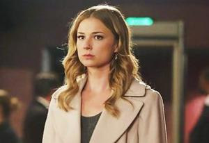 Emily VanCamp | Photo Credits: Vivian Zink/ABC