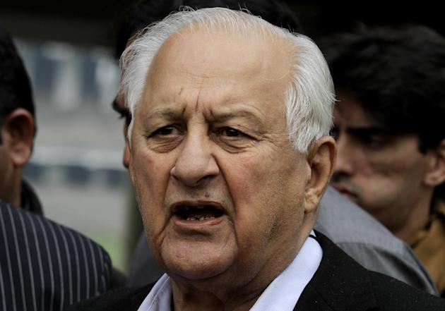 Shaharyar Khan, chairman of the Pakistan Cricket Board, addresses a news conference in Lahore, Pakistan, Tuesday, March 3, 2015. Khan said chief selector Moin Khan will not return to Australia for the