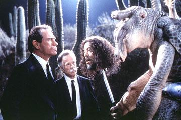 Tommy Lee Jones and Richard Hamilton in Columbia Pictures' Men in Black